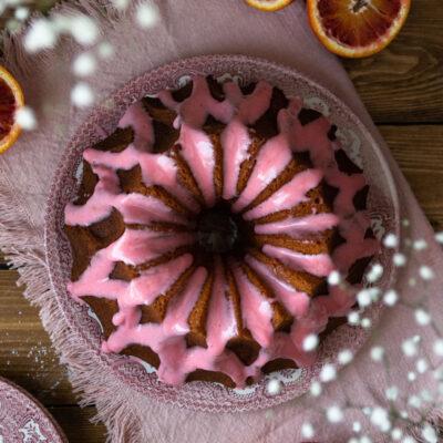 Κέικ με Σαγκουίνι, Ελαιόλαδο και Κάρδαμο